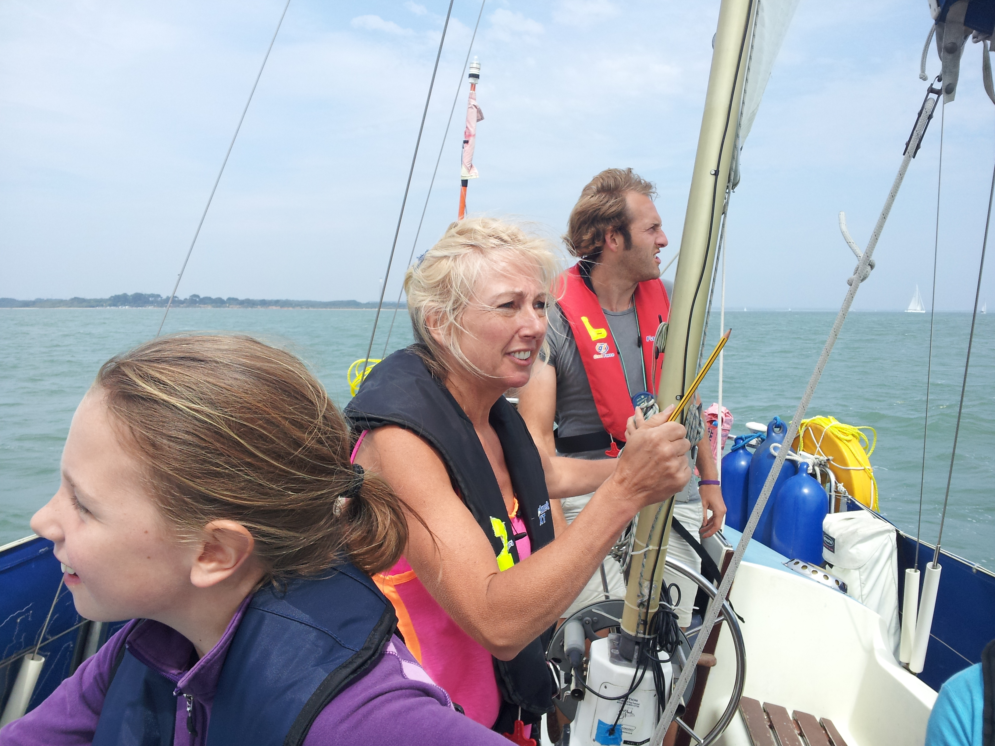 RYA Competent Crew sailing course solent chichester southampton